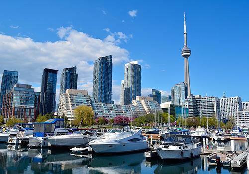 Living in Toronto-Orlando International Moving